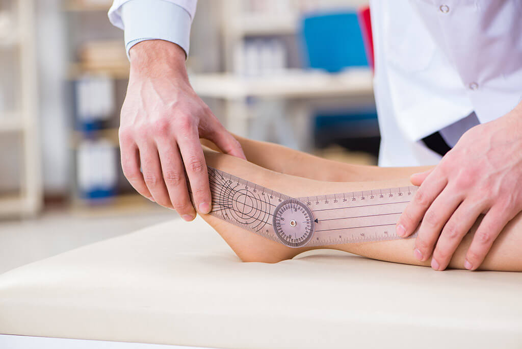 Surgical lengthening of the lower extremities with the help of Fitbone®