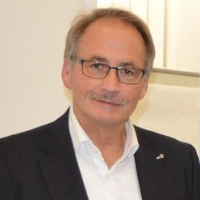 فيرنر هينريكس