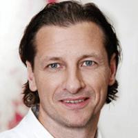 Dirk Tenner