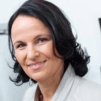 Клаудия Инхетвин-Хуттер